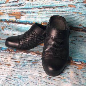 Ariat Black Slip On Leather Mules/Clogs
